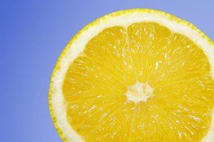 cytryna na trądzik