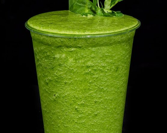 smoothie-drink-1966284_640